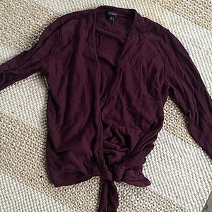 Ann Taylor tied sweater top